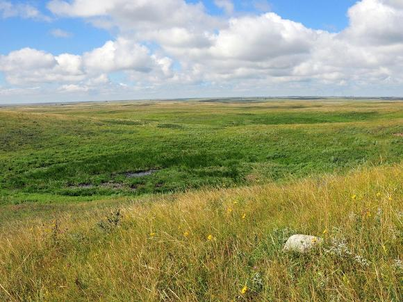 South Dakota grasslands - Tom Koerner, USFWS