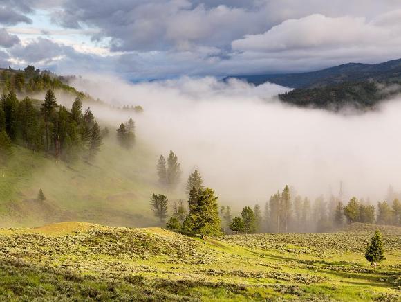 Yellowstone River Valley - Credit: Neal Herbert, NPS